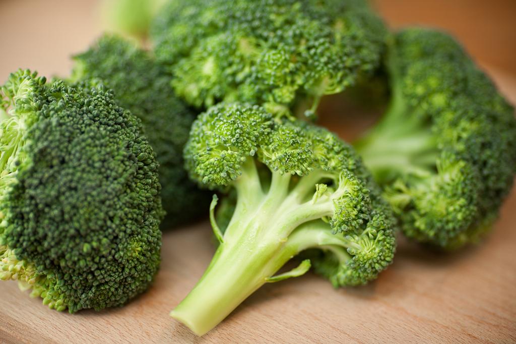 2. Por que cozinhar brócolis, repolho e mostarda deixa um cheiro ruim na cozinha?