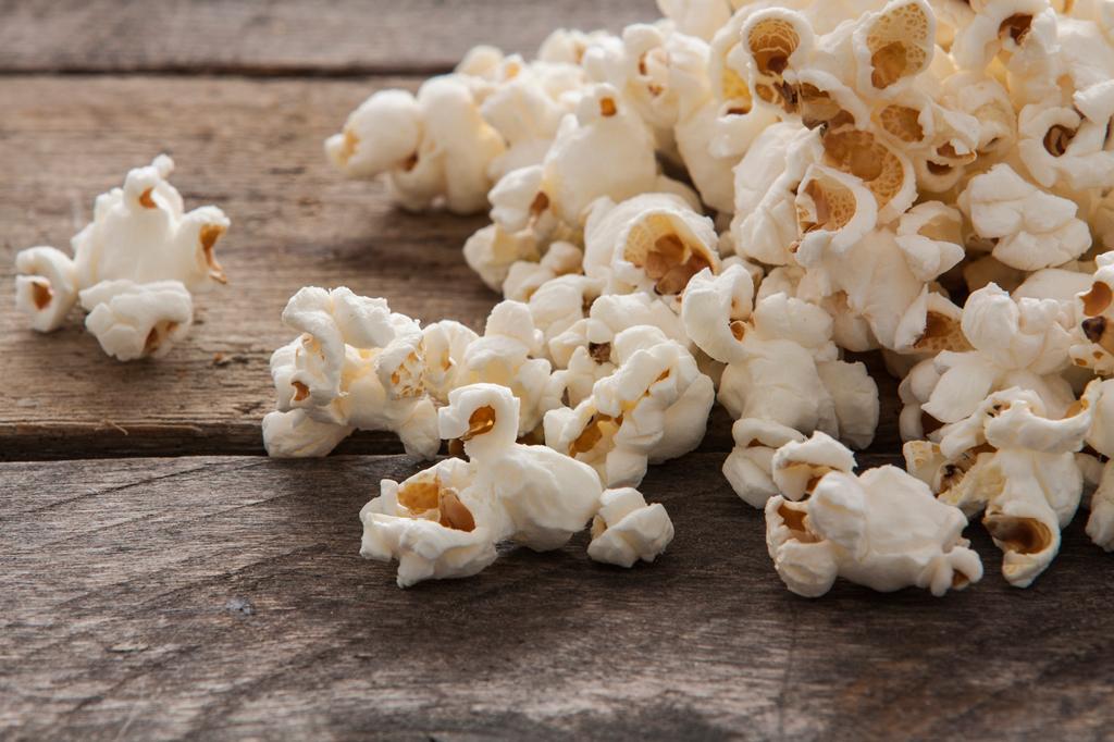 4. Por que o milho de pipoca estoura?