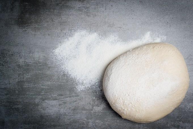 Por que a maioria das massas é feita com farinha de trigo?