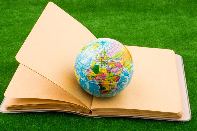 Esses 4 países dão um pau na educação brasileira — entenda por quê