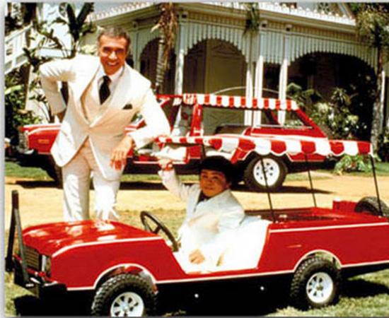 A Ilha da Fantasia (1978) é um lugar onde todos os sonhos podem se tornar realidade. O anfitrião do lugar é o senhor Roarke.