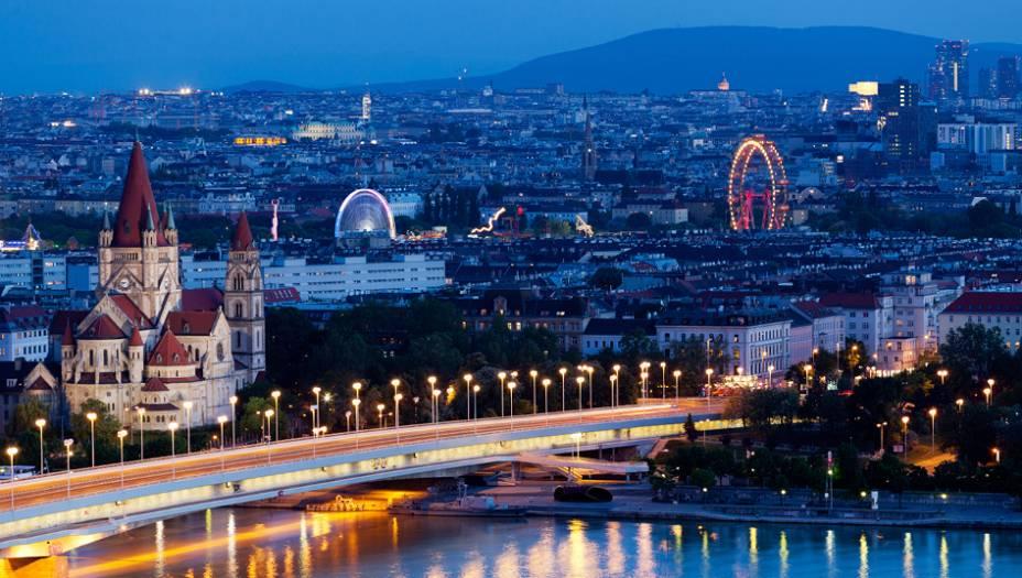 3. Áustria