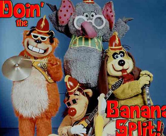 Banana Splits (1968) é um quarteto musical que toca pop rock. Eles apresentavam desenhos animados em um programa de TV.