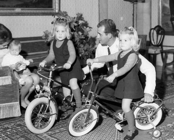 Década de 1970 - ANOS DE OURO: Nasce a BMX, que viraria febre mundial e tornaria a bicicleta o sonho de consumo de 11 entre dez crianças.