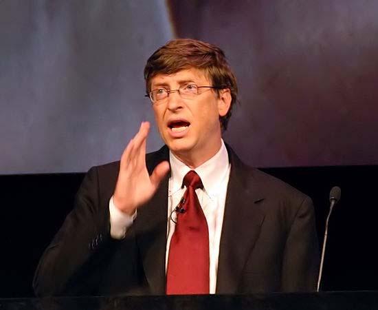 APOSENTADORIA - Em 2006, Bill Gates anunciou que, progressivamente, deixaria a liderança da Microsoft. Sua despedida oficial ocorreu em junho de 2008, quando ele começou a se dedicar integralmente a projetos filantrópicos.
