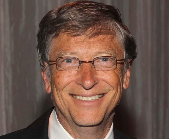 BILL GATES - É um dos empreendedores mais famosos do mundo, conhecido por ser um dos fundadores da Microsoft. Atualmente, é presidente não executivo da empresa e dedica-se à filantropia.