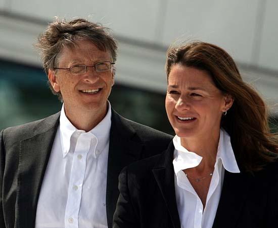 CASAMENTO - Em 1994, enquanto a Microsoft consolidava-se cada vez mais no mercado, Bill Gates casou-se com Melinda French. Eles tiveram três filhos: Jennifer Katharine, Phoebe Adele e Rory John.