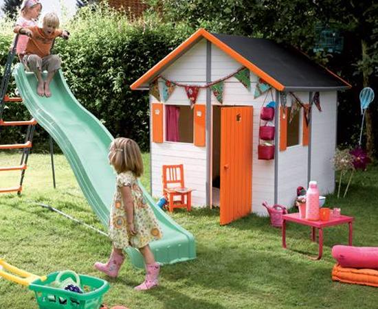 CASINHA DE MADEIRA - Quem tinha quintal em casa sonhava que os pais construíssem uma casinha de madeira. Melhor ainda se fosse uma casa na árvore!