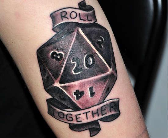 Quem curte RPG (e tattoos) vai gostar dessa!