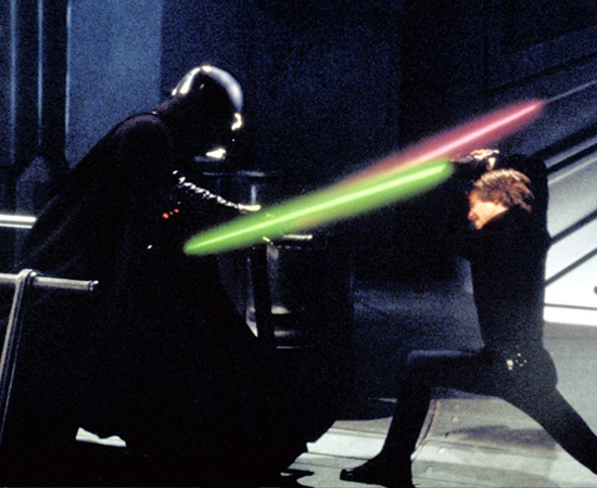 FILMES - A saga tem seis episódios: 'Episódio I: A Ameaça Fantasma', 'Episódio II: Ataque dos Clones', 'Episódio III: A Vingança dos Sith', 'Episódio IV:  Uma Nova Esperança', 'Episódio V: O Império Contra-Ataca' e 'Episódio VI: O Retorno de Jedi'. Além disso, há o spin-off 'Star Wars: A Guerra dos Clones', uma animação de 2008; e os desenhos animados 'Star Wars: A Guerra dos Clones' e 'Star Wars: Guerras Clônicas'.