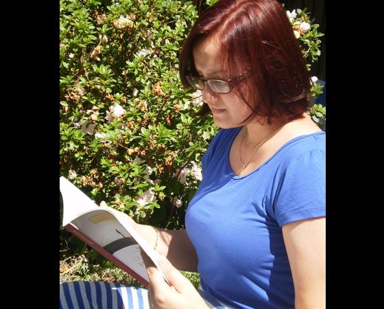 A Maria Célia Hoffmann é psicóloga em formação e também compartilha do nosso amor por livros.