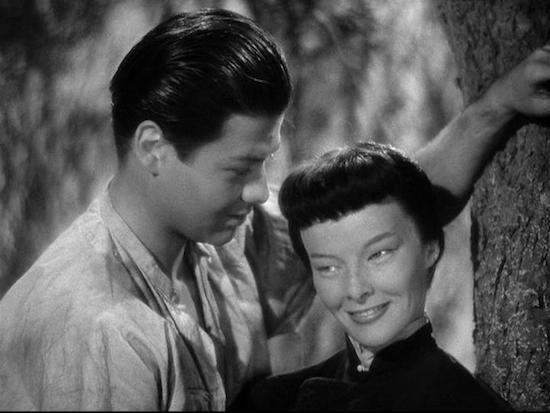Katharine Hepburn em <i>A Estirpe do Dragão </i>(1944)