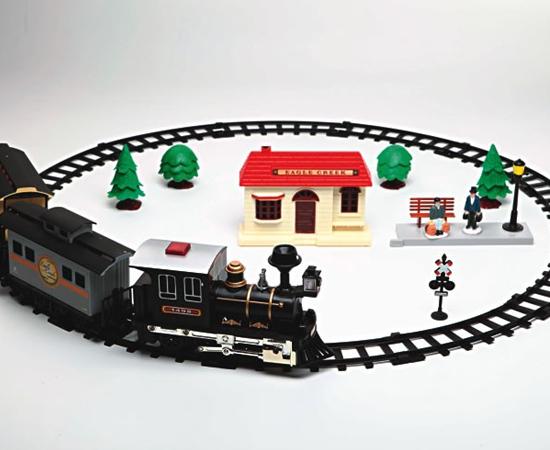 FERRORAMA - As pistas de trenzinho também eram pedidas pelas crianças. Neste caso, o Papai Noel não entregava nem o trenzinho.