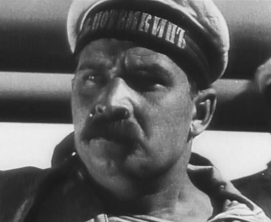 'O ENCOURAÇADO POTEMKIN'(1925), dirigido por Serguei Eisenstein, foi censurado na França sob a acusação de 'inspirar revoluções'; e na Alemanha por fazer apologia ao Marxismo. O filme conta a história de uma rebelião no Navio de Guerra Potemkin.