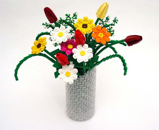 Você enfeitaria sua casa com flores de Lego?
