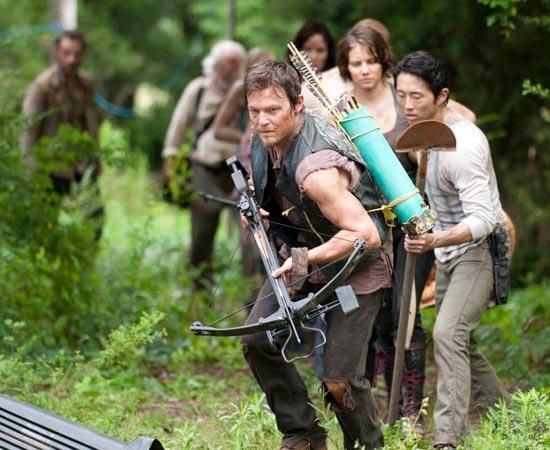 FUTURO - A produção de edições da HQ continua a ocorrer. A terceira temporada da série de TV The Walking Dead estreia no dia 16 de outubro de 2012 no Brasil.