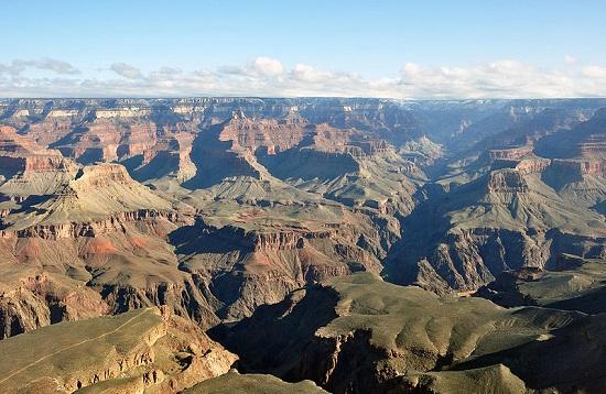 Conhecido cartão-postal dos Estados Unidos, a região do Grand Canyon também tem seu parque nacional. Tudo para preservar uma das maravilhas da natureza.