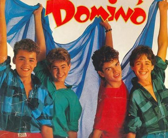 Grupo Dominó ia ao Clube do Bolinha cantar Medusa, hit dessa boy band brasileira.