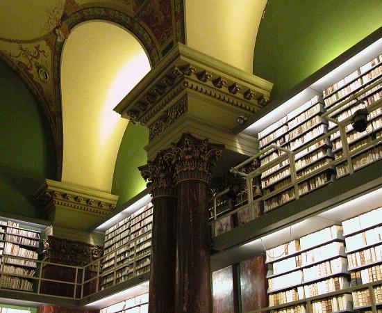 BIBLIOTHECA AUGUSTA - Foi fundada em 1573, em Wolfenbüttel, na região central da Alemanha. Tem mais de 900 mil livros, incluindo importantes obras da Idade Média.