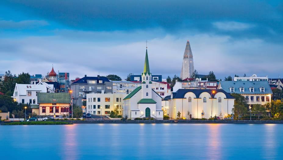 1. Islândia