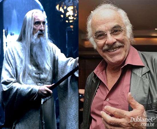 Dublador: Jonas Mello. Emprestou a voz para Saruman (O Senhor dos Anéis) e era o narrador de Cavaleiros do Zodíaco.