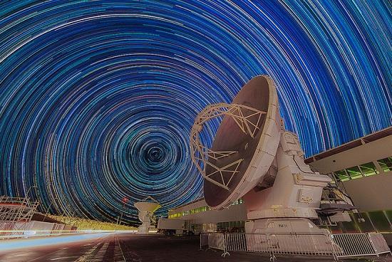 As antenas do observatório estão a 5 mil metros de altura, no Platô de Chajnantor, Cordilheira dos Andes.