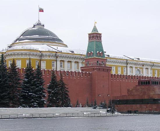 MAUSOLÉU DE LENIN - O corpo do líder criador da União das Repúblicas Socialistas Soviéticas foi sepultado na Praça Vermelha, em Moscou.