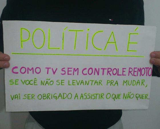 #minhapolitica Leandro DIppolito, integrante da Liga SUPERextraordinária, no Facebook