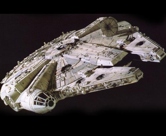 Millennium Falcon é a nave comandada por Han Solo na franquia Star Wars.