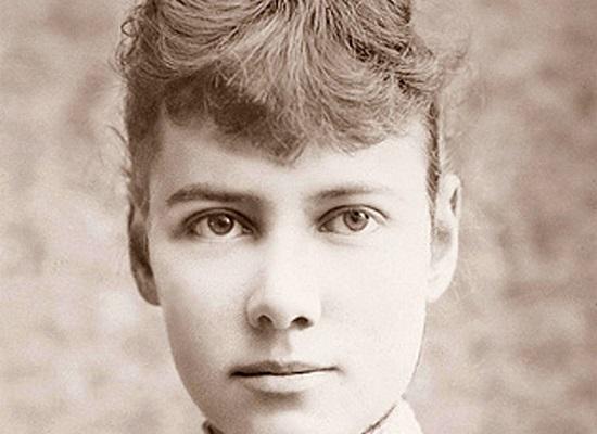 """A jornalista Nellie Bly assumiu um desafio e tanto em nome da profissão: fazer uma viagem no estilo da feita pelo personagem de Julio Verne, em """"Volta ao Mundo em 80 dias"""". Ela completou a façanha em 72 dias."""