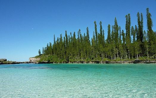 A Nova Caledônia é um território francês que fica a 1500 quilômetros a leste da Austrália. Embora as ilhas sejam pequenas, a área marítima protegida é enorme: maior do que o estado americano do Alaska.