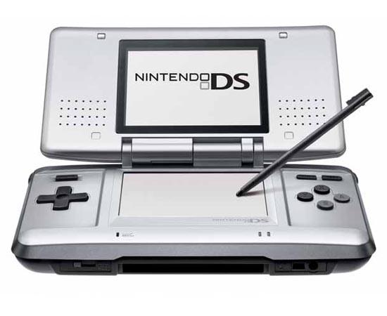 Nintendo DS (Nintendo) - 2004