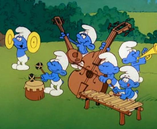 Os Smurfs (1981) é um desenho animado sobre criaturas azuis que precisam combater o vilão Gargamel.