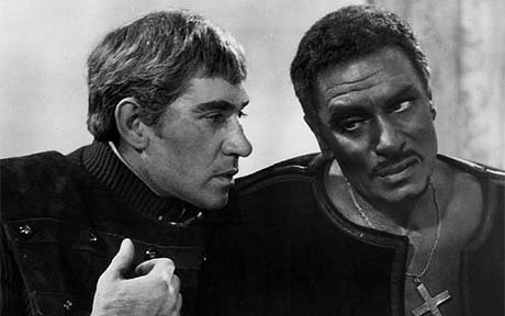 Laurence Oliver em <i>Otelo</i> (1965)