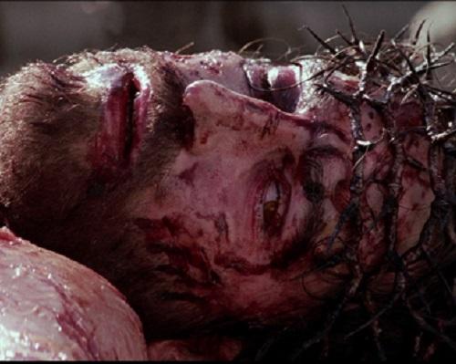 Jan Michelini é um cara sortudo. Ou não. Ele trabalhou na gravação de <i>A paixão de Cristo</i>. Durante as filmagens, ele foi atingido por dois raios. Dois. Como se não bastasse, o ator Jim Caviezel também foi atingido por um.