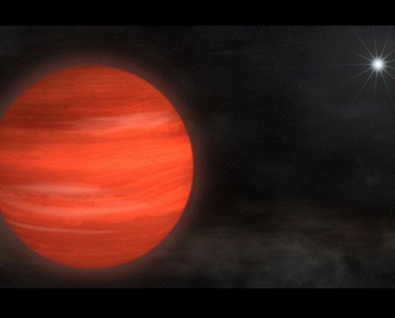 Júpiter é o maior planeta em nosso Sistema Solar. Agora, imagine: este planeta descoberto em novembro de 2012 é 13 vezes mais massivo. Por isso, é chamado de Super-Júpiter.