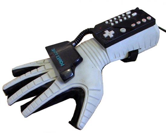 Power Glove (Nintendo) - 1989