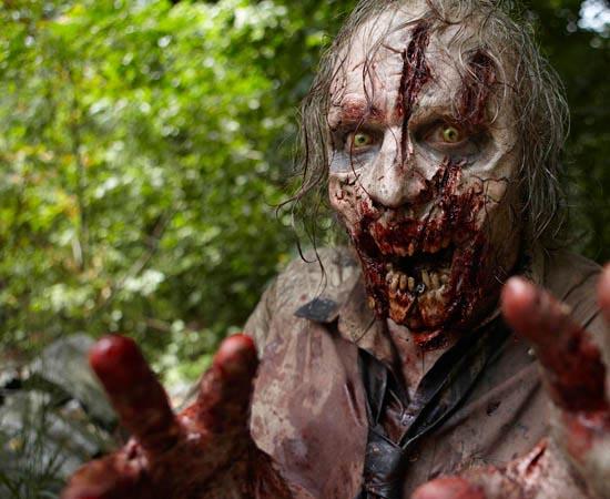 PRÊMIOS - A série de TV The Walking Dead ganhou o Emmy de Melhor Maquiagem em 2011.