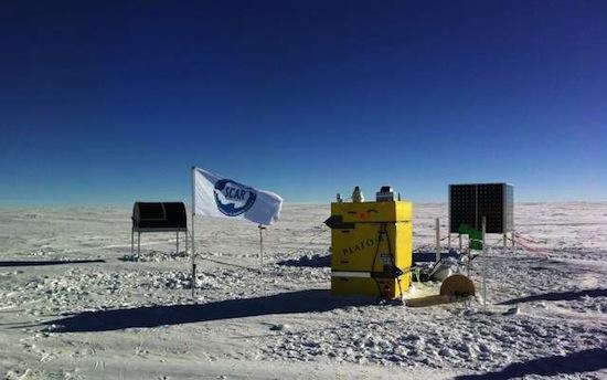 RIDGE A - Localizada na Antártica, essa cordilheira de mais de 4.000 metros de altitude é considerada o melhor lugar do mundo para observar o céu, basta enfrentar a média de -70º no inverno e a umidade relativa do ar próxima a zero. O local foi identificado por cientistas americanos e australianos na busca pela área que servisse para a instalação de um telescópio que captará imagens 3 vezes mais nítidas que os existentes.