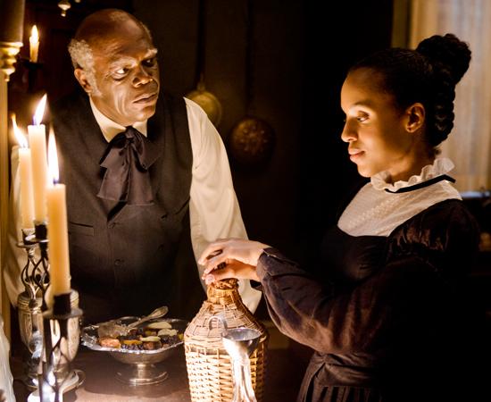 Explorando a fazenda sob falsos pretextos, Django e Schultz despertam a desconfiança de Stephen (o indicado ao Oscar, Samuel L. Jackson), o fiel escravo doméstico de Candie.