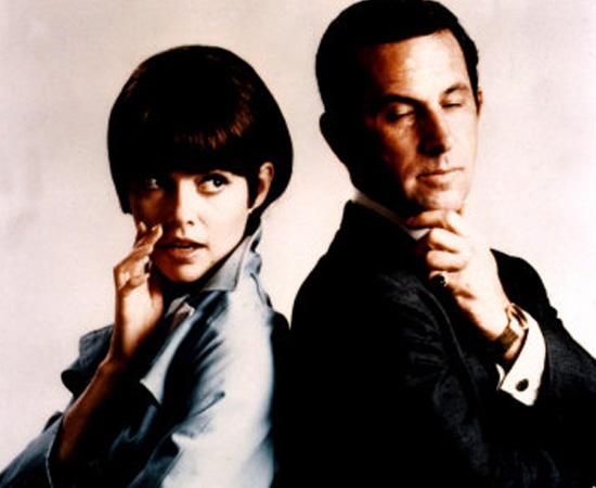 Agente 86 (1965) é uma série de TV sobre espionagem e Guerra Fria. Mostra o dia a dia de um agente secreto.