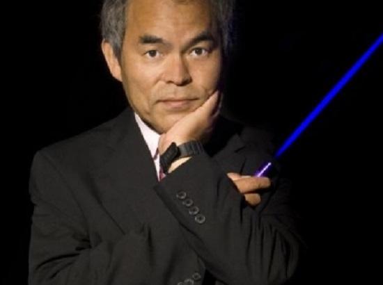 O engenheiro Shuji Nakamura  foi um dos vencedores do Nobel de Física.