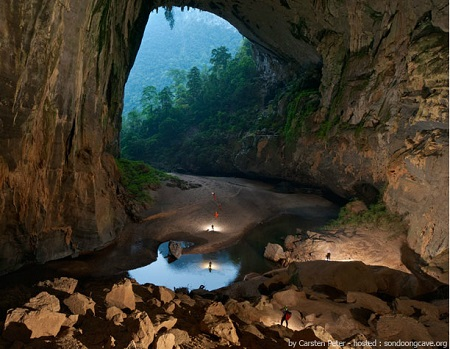 A Caverna Son Doong, no Vietnã, ganhou fama mundial depois de ser palco para fotos incríveis, como a mostrada nesta galeria. Descoberta em 1991, atualmente ocupa o posto de maior caverna do mundo.