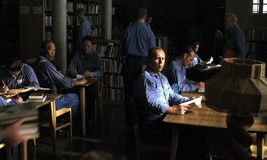 O filme Um Sonho de Liberdade, de 1994, já foi apontado em algumas pesquisas como a obra mais injustiçada da história do Oscar. O filme conta a história de um homem que passa quase duas décadas preso, acusado de matar a esposa e o amante dela. A biblioteca da prisão é importante na trama.