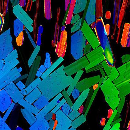 Já tomou um shot de tequila? É assim que ela fica sob um microscópio.