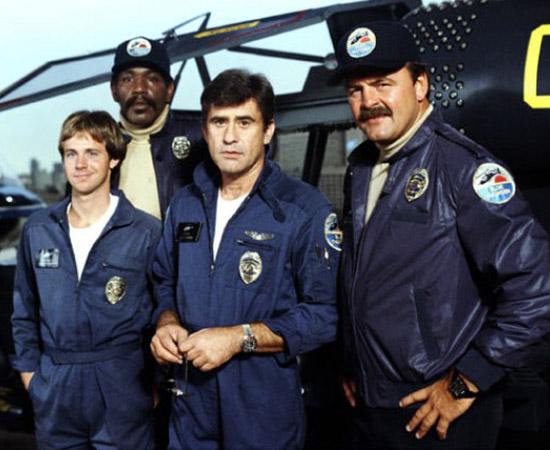 Trovão Azul (1984) é uma série de TV sobre um piloto de helicóptero.