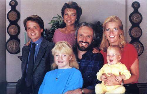 09_family ties