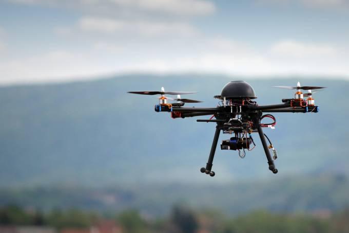 Cientistas descobriram um potencial inédito para drones: transportar sangue para áreas de desastre, guerra e difícil acesso.