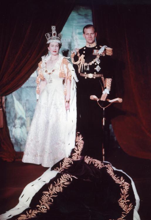 Elizabeth II e Philip na coroação (1953)