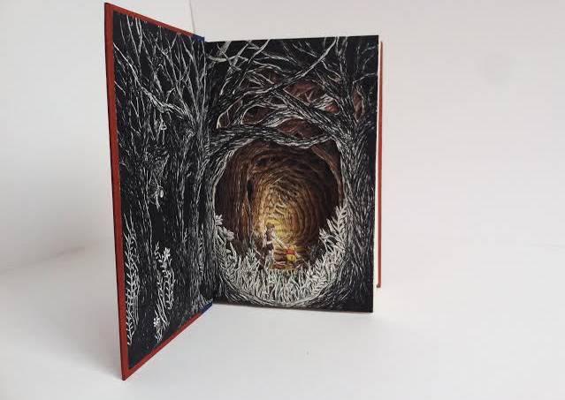 Esculturas literárias: conheça 3 artistas que usam livros antigos para criar novas obras de arte | Cultura